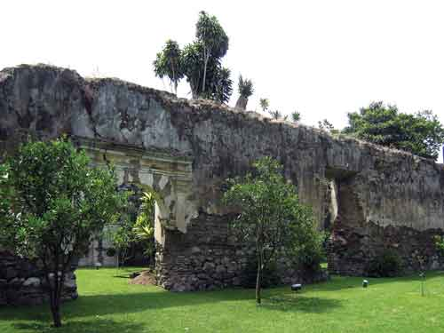 Ruin of inside wall of Hospital Real de Santiago, now within a private garden