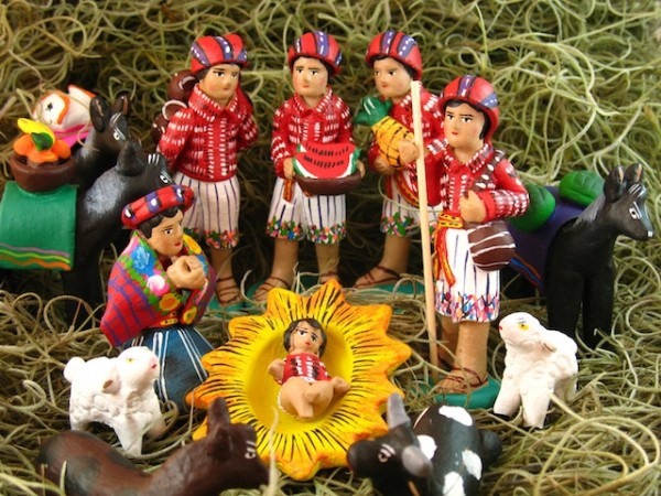 Guatemalan Nativity scene (photo by Rudy A. Giron)